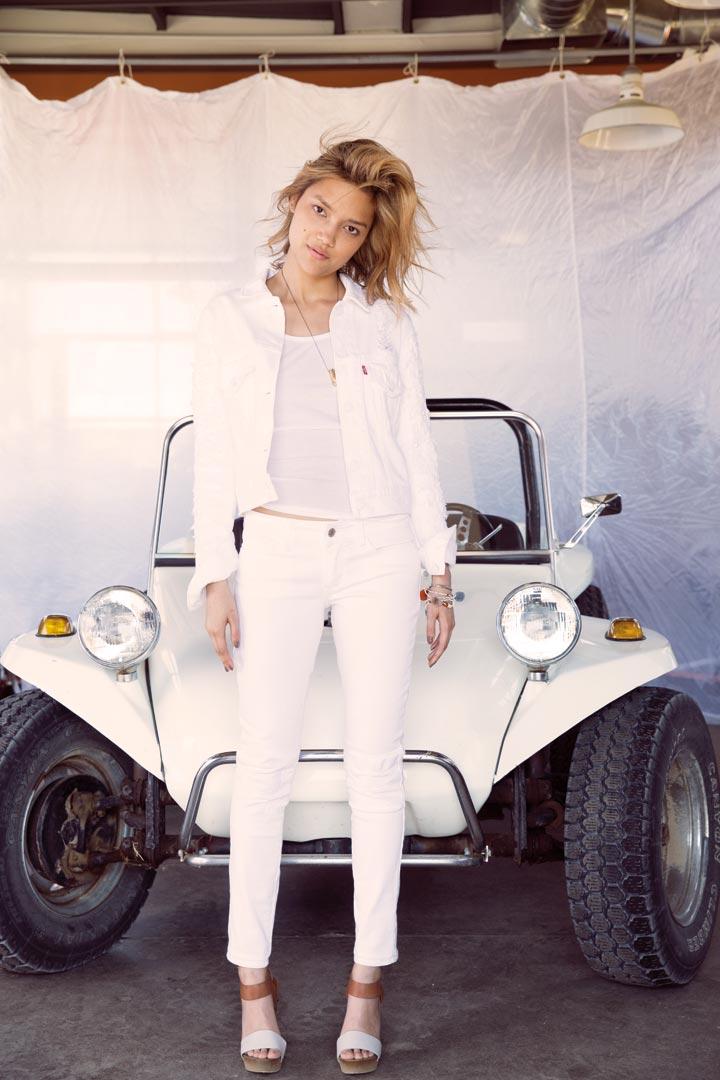«Белое на белом» лето от Levi's®