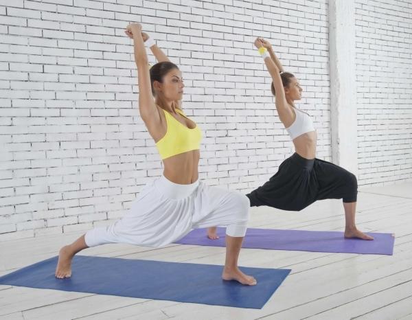 bryuki-dlya-yogi