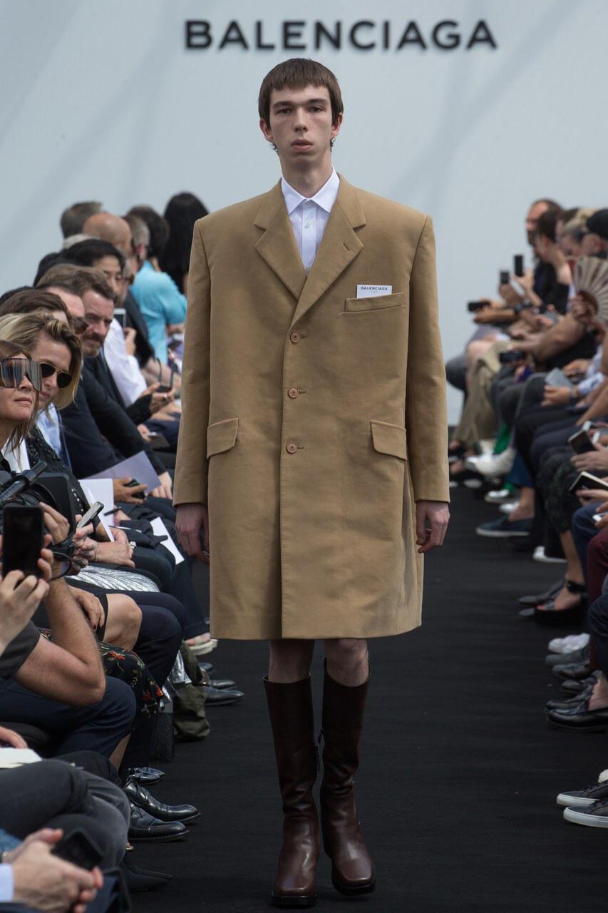 Balenciaga SPRING 2016 Menswear