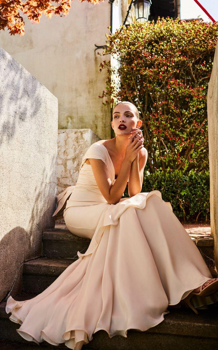 Johanna Ortiz Bridal Spring 2018