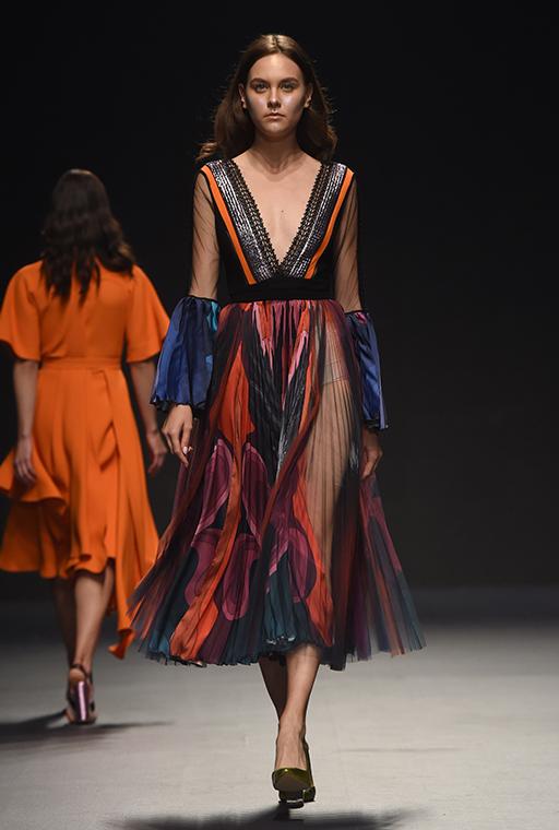 Hussein Bazaza Fashion Forward Dubai SS18