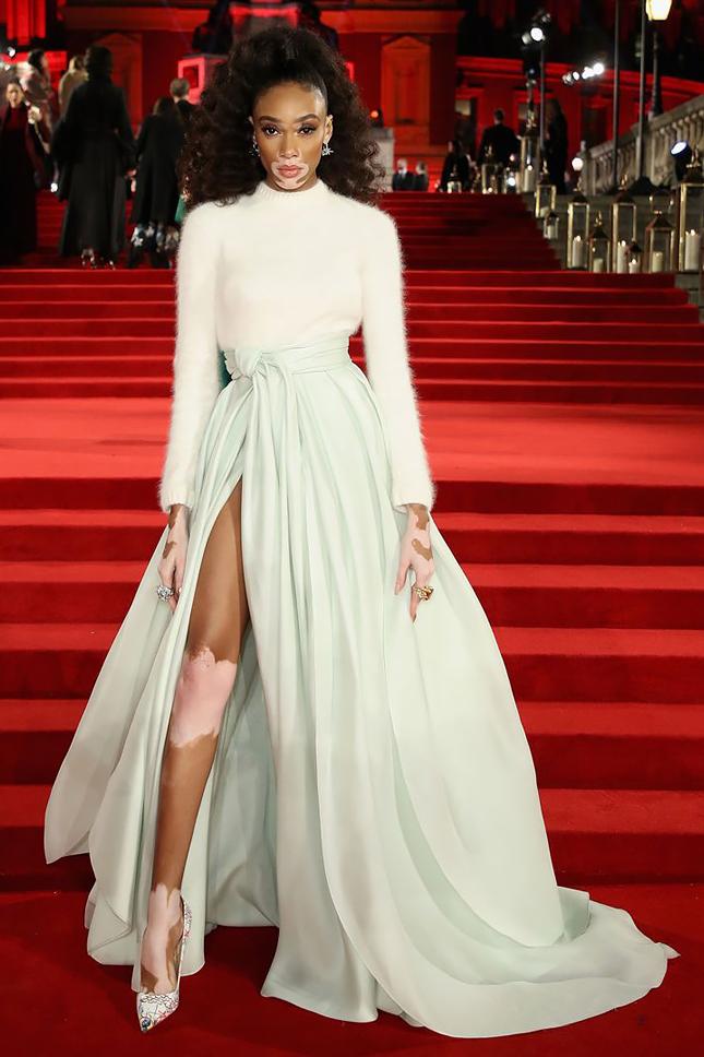 Fashion Awards 2017: ЛУЧШИЕ НА КРАСНОЙ ДОРОЖКЕ