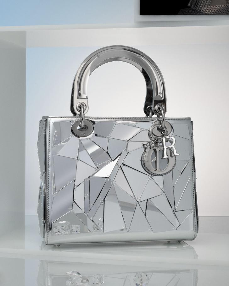 Dior ПРОДОЛЖАЕТ ПРОЕКТ Lady Art