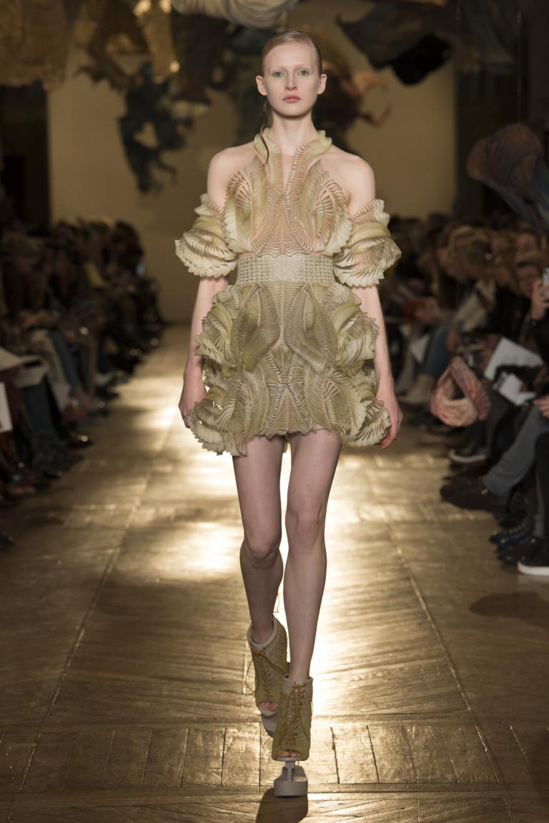 Iris van Herpen Couture SS 2018