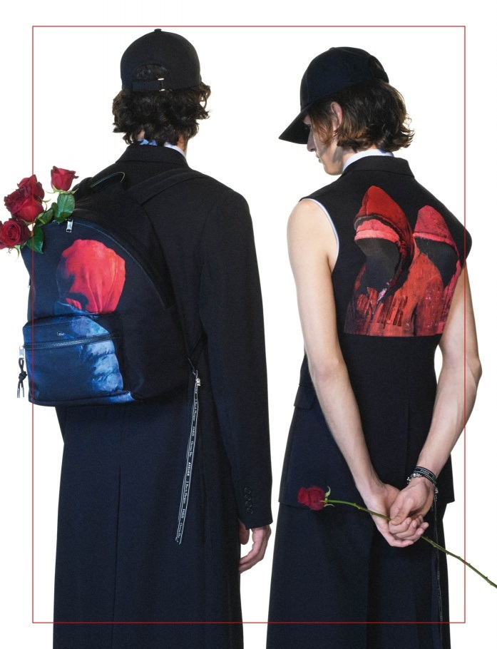 РОЗЫ И ЗВЕЗДЫ В КАМПЕЙНЕ Dior