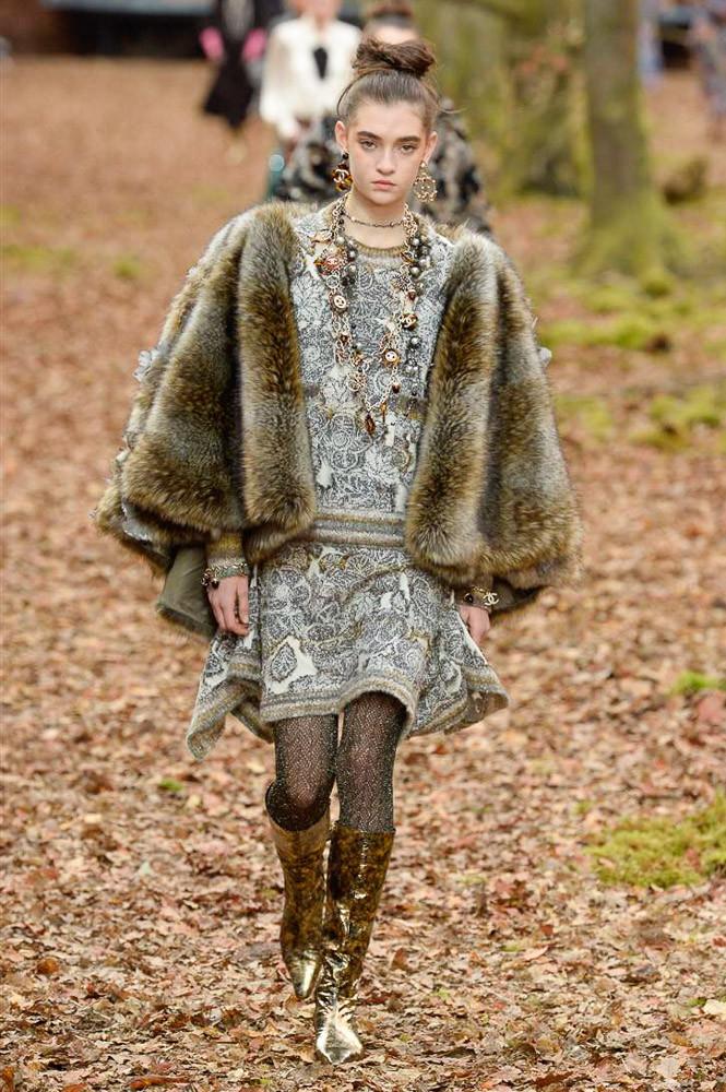 Chanel Paris Fashion Week Fall-Winter 18-19