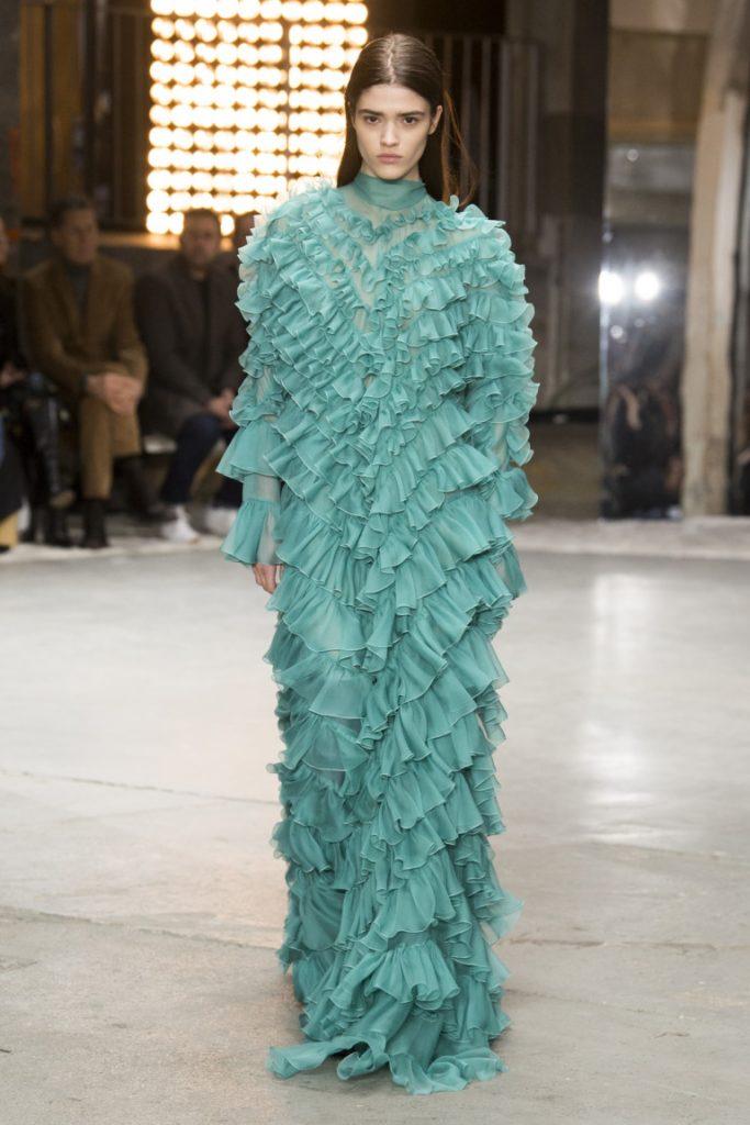 Giambattista Valli Paris Fashion Week Fall-Winter 18-19