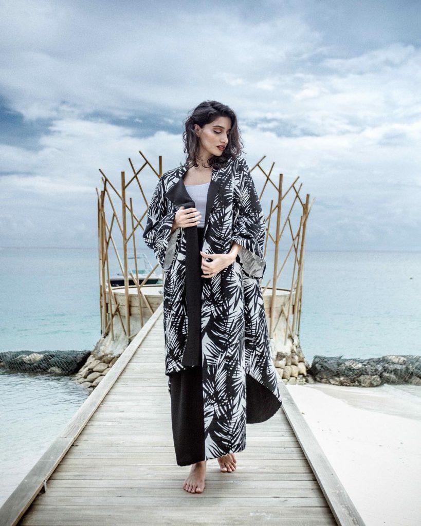 Bint Thani  SS 19