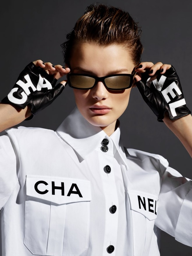 Chanel ПРЕДСТАВИЛИ ПОСЛЕДНИЙ КАМПЕЙН ЛАГЕРФЕЛЬДА