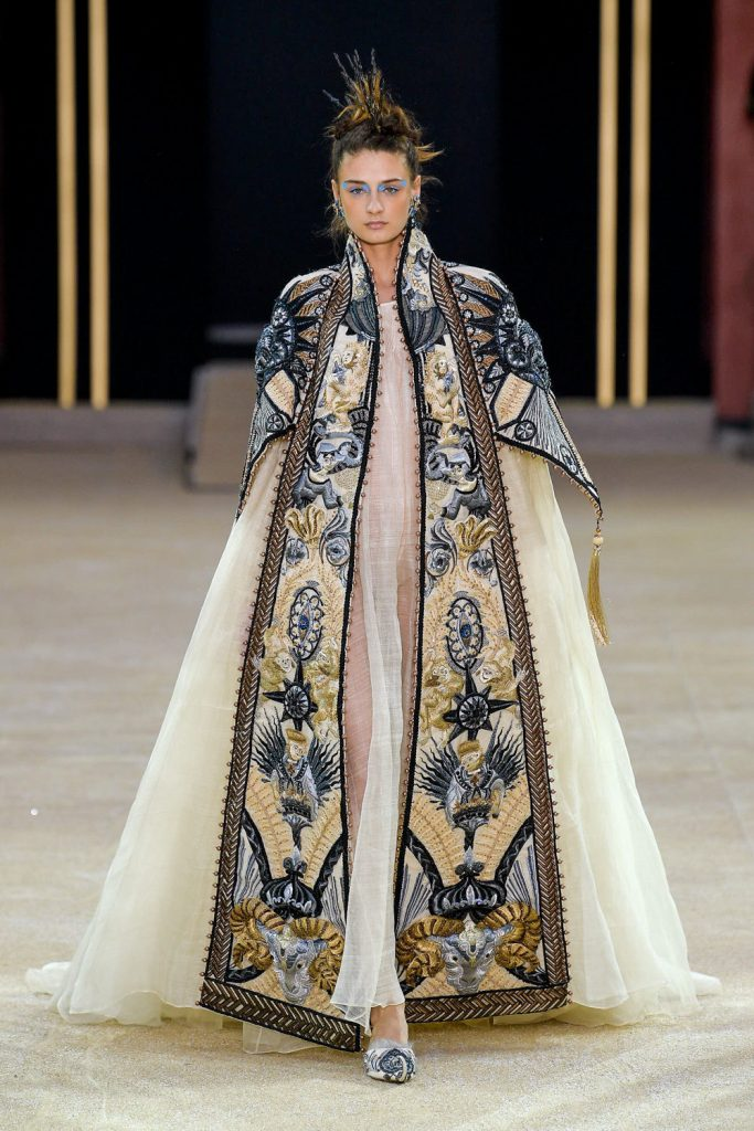 Guo Pei Couture Fall 2019-2020